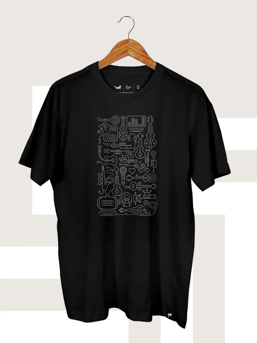 CAMISETA PRETA BYTES AND BEATS